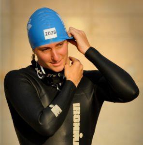 Marieke Blomme zwemt op 16 augustus de kust af voor Snowbility